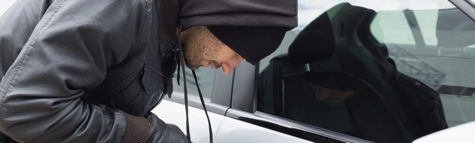 99563 1600x483 - Mit Fahrzeug Motor-Stopp haben Diebe keine Chancen