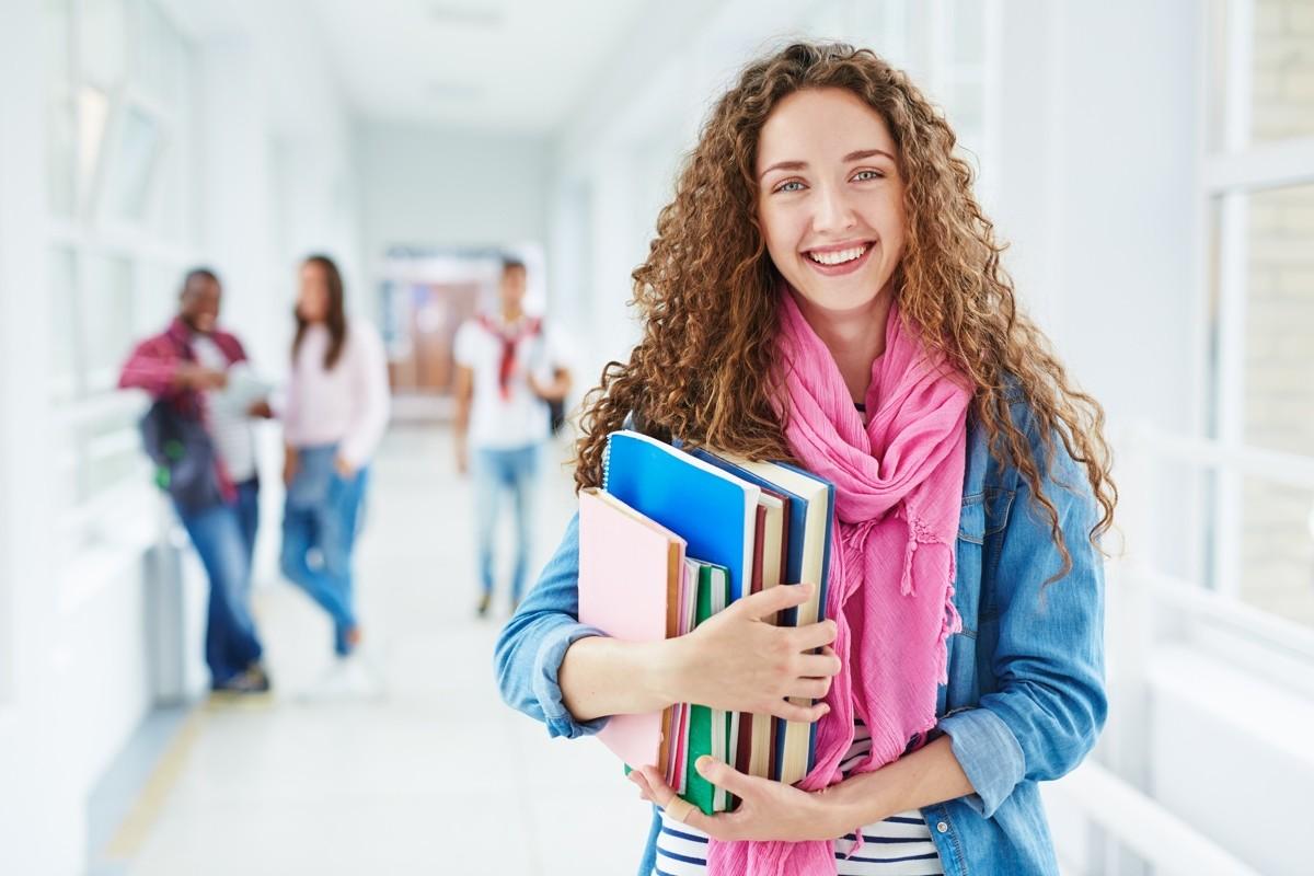 Sicherheitsprobleme an Hochschulen Wie GPRS helfen kann - Sicherheitsprobleme an Schulen: Wie GPS helfen kann